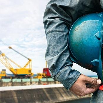 Mesleki yeterlilik belgesi almayan işçiler şantiyede çalışamayacak